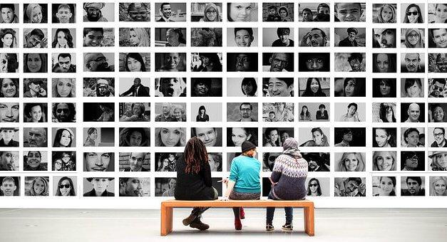 Aide sociale facultative et politique sociale